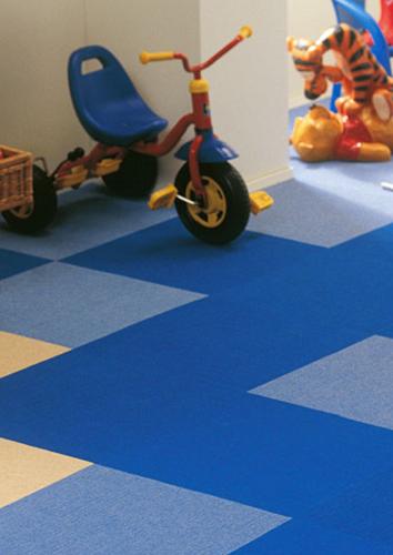 kinderkamer tapijttegels